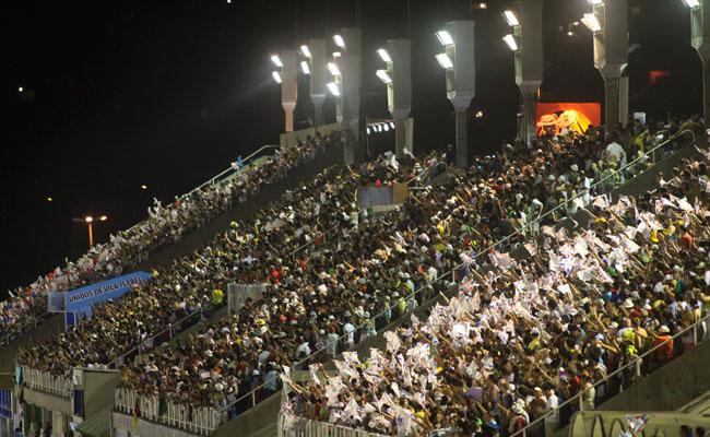 grandstands_seats-by-ascom-riotur[1]