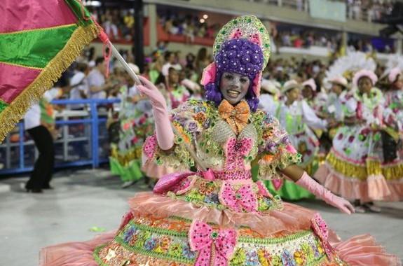rio-carnival-2013-estacao-primeira-mangueira-9
