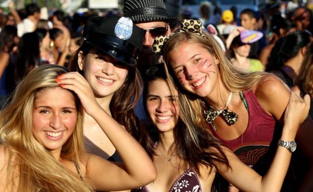 garotas no bloco