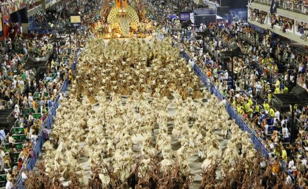 rio-carnival-2013-unidos-de-vila-isabel-67