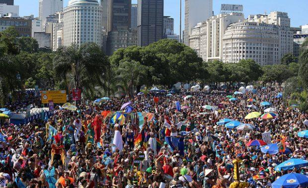 pessoas blocos carnaval